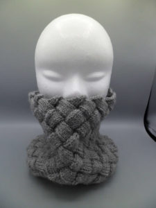 snood tricoté main